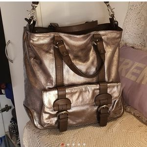 Large pewter leather bag. ESTILO.
